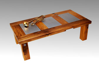 Design Couchtisch Altholz Eiche und Metall