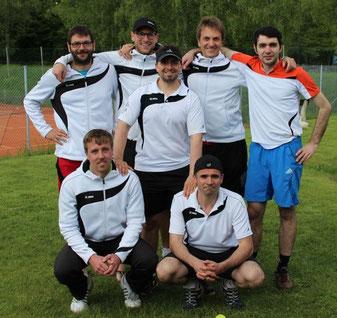 Die Offinger Tennisherren sind erfolgreich in die neue Saison gestartet
