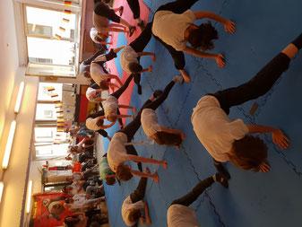 Gymnastik in der Gruppe, Jing Wu Kung Fu Schule Köln
