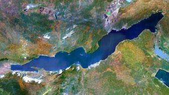 Озеро Танганьика (фото со спутника)