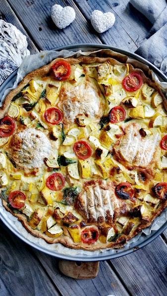 Zucchetti-Spinat-Dinkelwähe mit Tomme-Käse und Cherry Tomaten