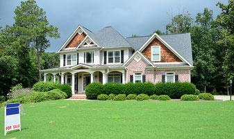 Hausverkauf - Immobilienmakler