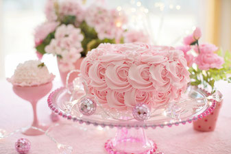 17 ans de Mariage : Un Rose Cake - Magazine Un Jour Un Oui