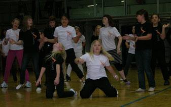 Die Tanzgruppe des Bernoulligymnasiums