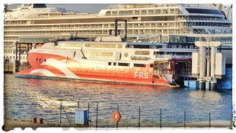 Wöchentlich Donnerstag bis Sonntag verkehrt die FRS Baltic Reederei von Rügen nach Ystad