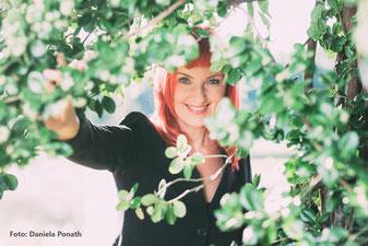 Porträt von Bettina Strang
