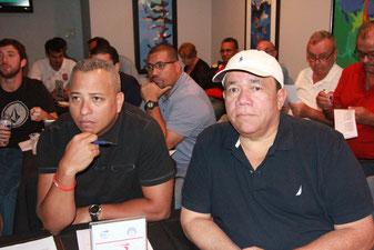 Juan C. Nuñez, Dirigente de Caguas a la izquierda junto a Francisco Ramos, Apoderado del equipo.