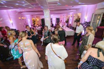für Partystimmung bei Top Events Hannover, Braunschweig, Celle, Geburtstage, Hochzeit, Firmenevent