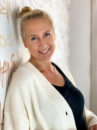 Caroline Zbrozek Yoga Leverkusen