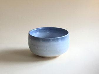 もみ灰釉呉須染茶碗