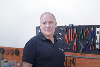 Wolfgang Blum, Servicetechniker