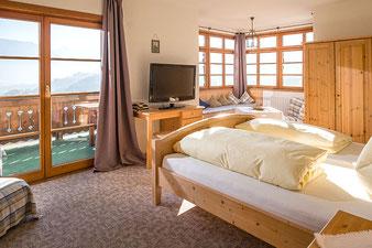 Oberaudorf: Zimmer und Ferienwohnungen im Berggasthof Hummelei