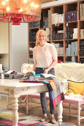 Lassen Sie sich in Ruhe und persönlich von Victoria von Zittwitz beraten und finden Sie den Lampenschirm der zu Ihnen passt!