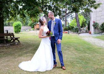 Braut und Bräutigam Brautpaarshooting Ringfotos