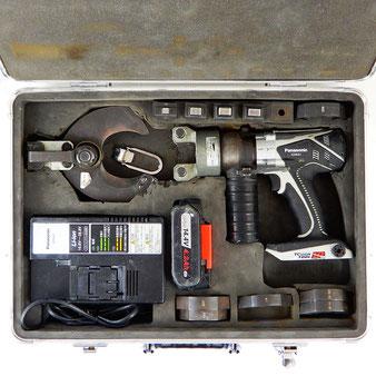 Panasonic/パナソニック◆充電圧着器 EZ4641K-H ケーブルカッター刃付