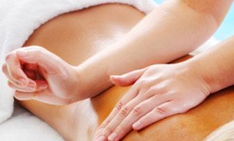 Massage avec les avants bras