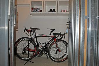 Ferienwohnung Kellerraum: abschließbare Unterstellmöglichkeit für Fahrräder