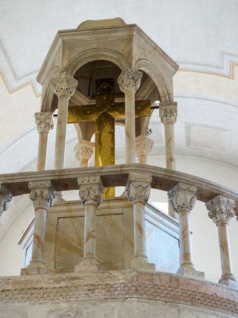 Kreuzaufbau Heiliges Grab