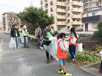 樋井川さんぽは樋井川沿いを、春の七草を探しながらついでにゴミ拾い。