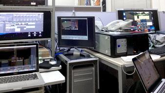 2F照明・映像PCデスクの様子