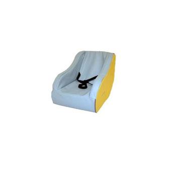 Aménagement coin enfant avec fauteuil à bascule 17 cm en mousse pour enfants. Matériel en mousse de qualité Sarneige à acheter pas cher.