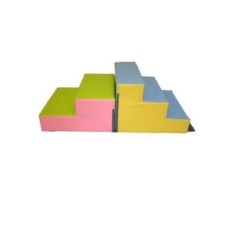 Kit 2 escaliers de motricité Sarneige en mousse enfants. Kit 2 escaliers, matériel de modules en kit de motricité enfants Sarneige à acheter pas cher.