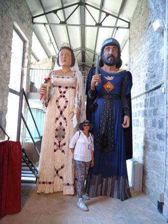 экскурсии по средневековой глубунке Каталонии