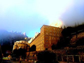 Бенедиктинский монастырь Монсеррат