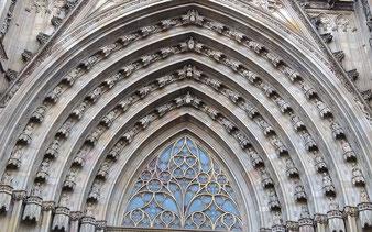Ангелы Барселоны -  экскурсии по готике