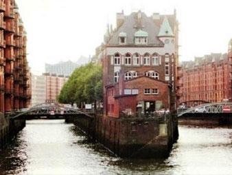 Hamburg by Rickshaw, Elbphilharmonie & Hafenrundfahrt2