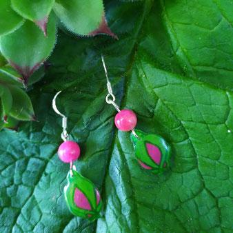 """Boucles d'oreilles féériques bouton de rose """"Douceur"""" avec jade fuchsia"""