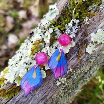 """Boucles d'oreilles féérique  papillon bleu """"Sérénité"""" avec agate rose"""