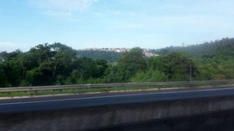 Erster Blick auf Brasilien aus dem Bus nach Leme