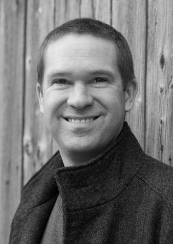 Stefan Kronowetter, Autor von Credara, der verborgene Planet