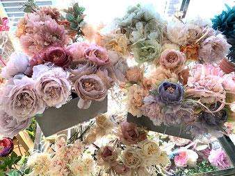 手づくりのアートフラワー風の造花です