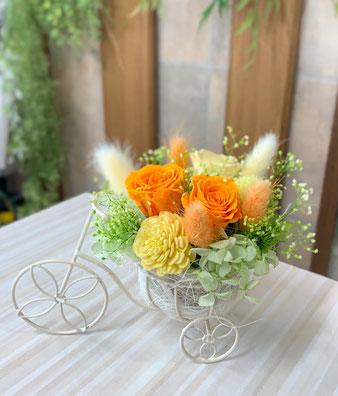 三輪車のプリザアレンジ(イエロー)