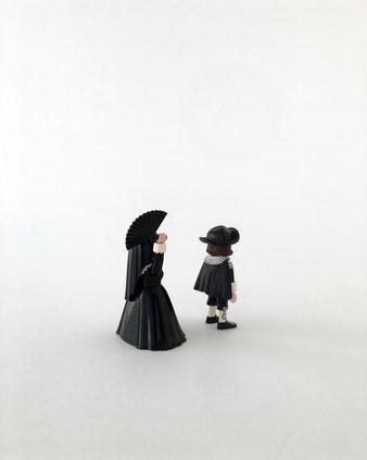 オランダ国立美術館のミュージアムショップで見つけたプレイモビルです。レンブラントの絵画「マールテンとオーピエン」がモチーフ。Playmobile 9483 フィギュア 名画 コレクション 収集 飾り ディスプレイ 人形 プラスチック カラフル ドイツ マルタ グラフィカル 明快な色 原色 おしゃれ かわいい 人気 おすすめ デザイン ブランド プレゼント ラッピング 通販 海外 輸入品
