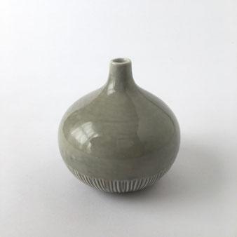 グレーのフラワーベース Gray Flower Vase
