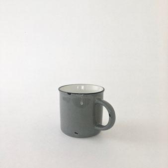 ホーローのようなマグカップ
