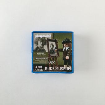 アムステルダム国立美術館のミュージアムショップで見つけたプレイモビルです。これは、自画像を描くレンブラントのプレイモビルです。Playmobile 70476 フィギュア 画家 コレクション 収集 飾り ディスプレイ 人形 プラスチック カラフル ドイツ マルタ グラフィカル 明快な色 原色 おしゃれ かわいい 人気 おすすめ デザイン ブランド 画像 プレゼント ラッピング 通販 海外 輸入品