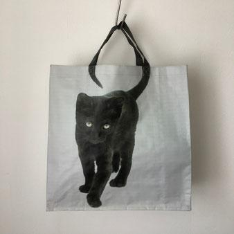 (黒猫、ショッピングバッグ、だまし絵、騙し絵、錯覚、トロンプ・ルイユ、トリックアート、トートバッグ、エコバッグ、スーパー、スーパーマーケット、ショルダートート、コットンバッグ、サブバッグ、ナイロン、マーケットバッグ、マルシェバッグ)