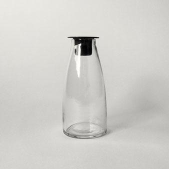 ボトル型のキャンドルホルダー