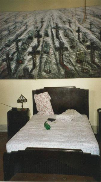 ... landeten die Protagonisten des Buchs im Bett dieses verlockenden Zimmers ...