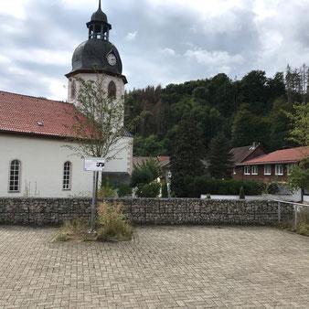 Ortsteil Steina / Am Kirchplatz / 2 Stellplätze bis 7 m