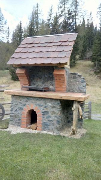 Griller nach Wunsch (Naturstein, Ziegel, Altholz)