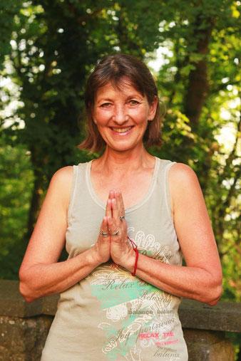 Gabriele Haage mit Harmony Yoga
