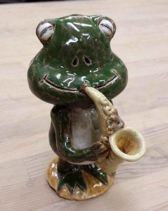 ippoたおか 田岡正臣 カエル サックス 陶器