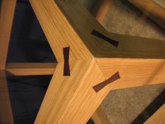 Meuble bois, détail assemblage.CCL ébéniste