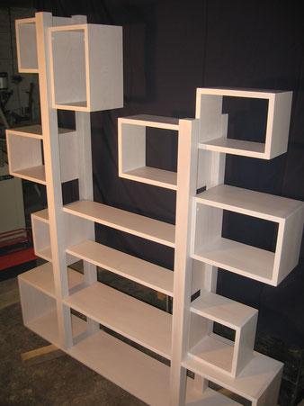 Meuble bois, bibliothèque hêtre blanchi. CCL ébéniste
