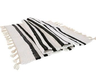 Yoshiko-kleed-wonen-wit-zwart-streep